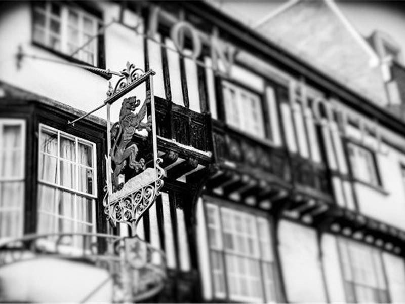 Ghost Hunt and Dinner at The Red Lion Colchester